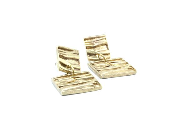 mattana design orecchini drappo bronzo quadrati