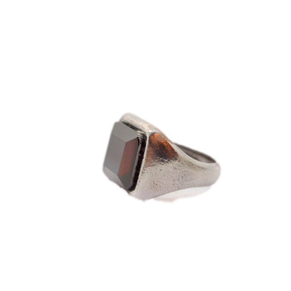 anello quadrato-artigianale argento pietra zirconia rosso napoli
