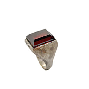anello rettangolo vert. artigianale-argento pietra zirconia rosso-napoli